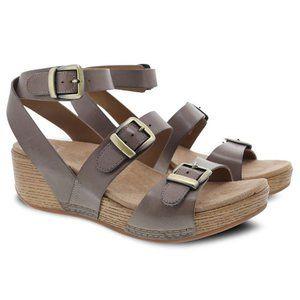 Dansko Lou Taupe Buckle Wedge Sandal New in Box